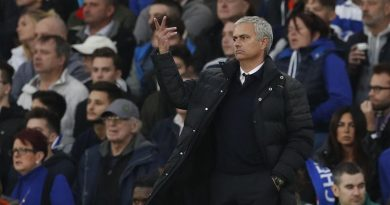 """I'm sorry"" – Mourinho apologises following Man United' s 4-0 defeat at Chelsea"